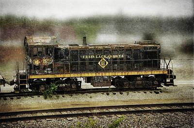 Photograph - Erie Lackawanna  by Susan McMenamin