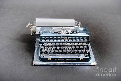 Erika Typewriter Original by BIPHOTO Barna Ilona