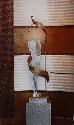 Erotic Museum Piece Print by Rob Hans