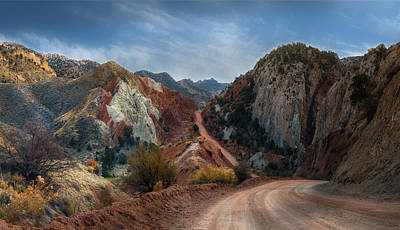 Photograph - Grand Staircase Escalante Road by Gary Warnimont