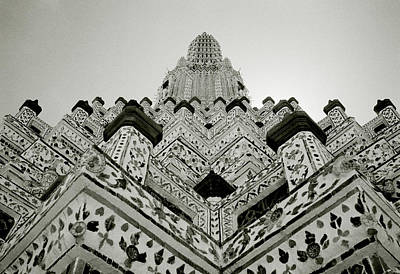Photograph - Ethereal Beauty Of Wat Arun by Shaun Higson