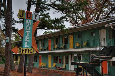 Photograph - Eureka Springs - Joy Motel 001 by Lance Vaughn