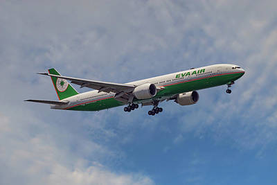 Aircraft Photograph - Eva Air Boeing 777-35e by Smart Aviation