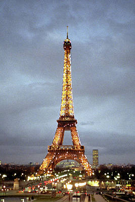 Street Lamps Digital Art - Evening At The Eiffel Tower by Mike McGlothlen
