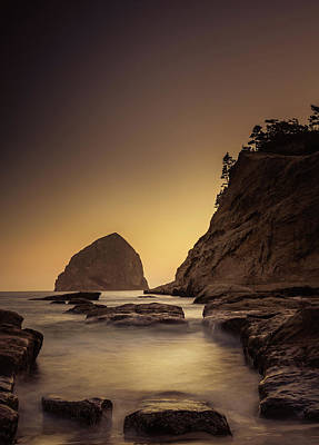 Photograph - Evening In The Cove by Don Schwartz
