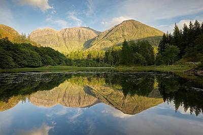 Photograph - Evening Light In Glencoe by Stephen Taylor