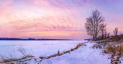 Photograph - Evening On Frozen Vistula by Dmytro Korol