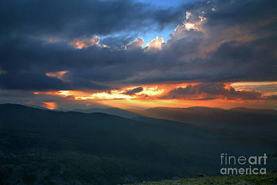 Photograph - Evening Rays by Jim Garrison