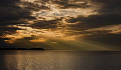Photograph - Evening Rays by Randy Hall