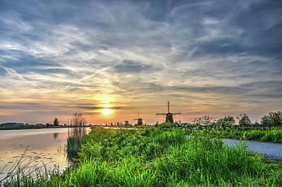 Photograph - Evening Splendor At Kinderdijk by Frans Blok