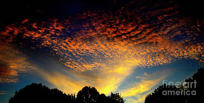 Photograph - Evening Sunset by Paul W Faust - Impressions of Light