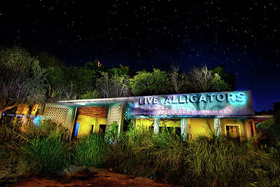 Abandoned Structures Photograph - Everglades Gatorland by Mark Andrew Thomas