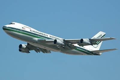 Evergreen International 747-273c N470ev At San Bernardino May 31 2006 Art Print by Brian Lockett