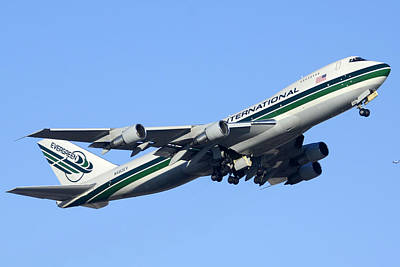 Evergreen International Boeing 747-212b N482ev Phoenix Sky Harbor Arizona December 23 2011 Art Print by Brian Lockett