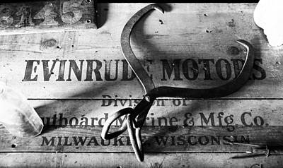 Photograph - Evinrude Motors Crate Circa 1940s by David Lee Thompson