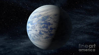 Heavenly Body Photograph - Exoplanet Kepler-69c by Science Source