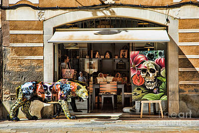 Bama Photograph - Exotic Store Barcelona La Rambia  by Chuck Kuhn