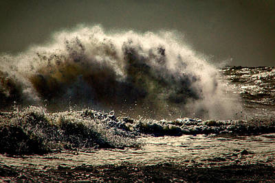 Photograph - Explosion In The Ocean by Bill Swartwout Fine Art Photography