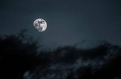 Photograph - Eye Of The Night by David Johnson
