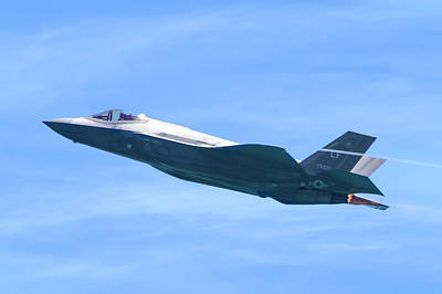 Photograph - F-35 Joint Strike Fighter by Mark Andrew Thomas