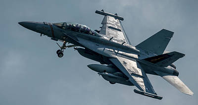 Photograph - Boeing Ea-18g Growler Over Head by Phil Rispin
