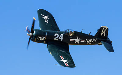 Photograph - F4u Corsair 205 by William Briscoe