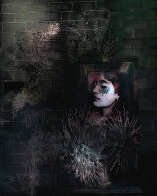 Digital Art - Face In The Door by Richard Ricci