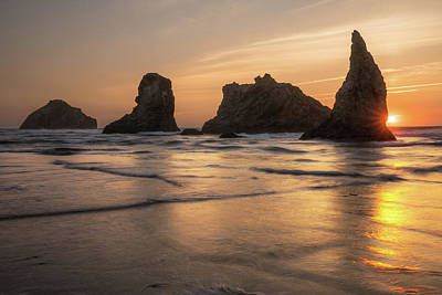 Photograph - Face Rock Sunset by Jay Moore
