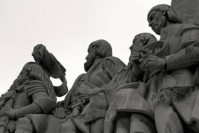 Photograph - Faces Of The Monument by Lorraine Devon Wilke