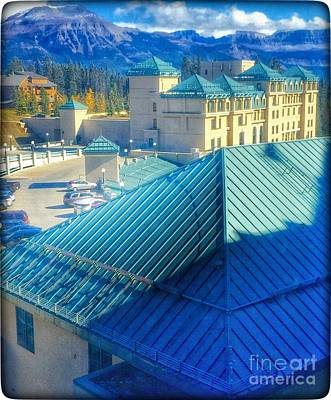 Photograph - Fairmont Chateau Lake Louise by Susan Garren