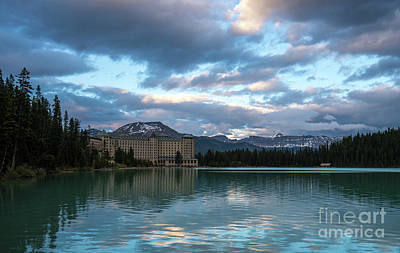 Fairmont Hotel Lake Louise Art Print by Mike Reid
