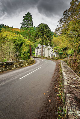 Photograph - Fairy Glen Hotel by Adrian Evans