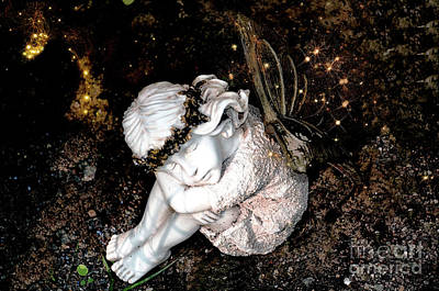 Photograph - Fairy In Thought by Elaine Manley