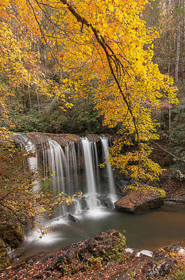 Sc Waterfalls Photograph - Fall At Brasstown Falls  by Derek Thornton