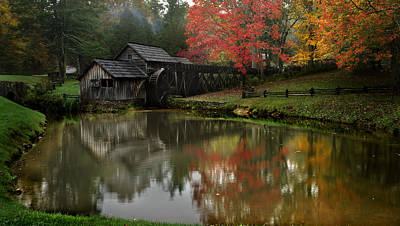 Fall At Mabry Mill Art Print by Jeff Hammond