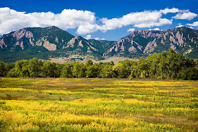 Photograph - Fall Colors Of Boulder Colorado by Marilyn Hunt