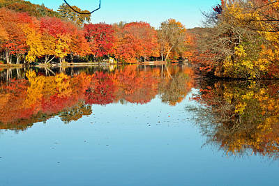 Fall Morning In East Lyme 1 Art Print by Gerald Mitchell
