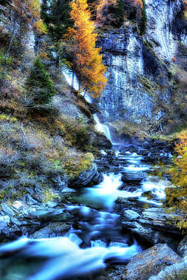 Photograph - Fall Mountain Stream by Roberto Pagani