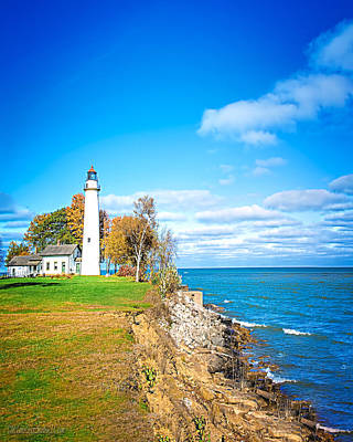Photograph - Fall Pointe Aux Barques Lighthouse by LeeAnn McLaneGoetz McLaneGoetzStudioLLCcom