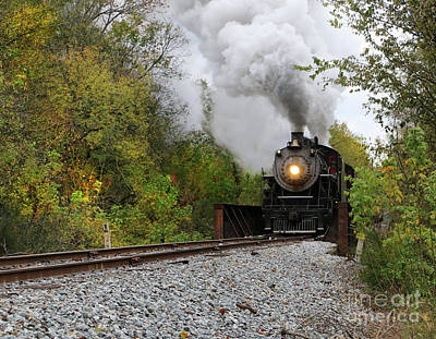Photograph - Fall Rail 2 by Rick Lipscomb