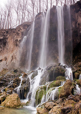 Waterfall Photograph - Falling Springs by Alan Raasch