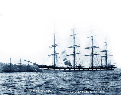 Photograph - Falls Of Clyde Is The Only Surviving Iron-hulled Four-masted Full Rigged Ship 1907 by California Views Mr Pat Hathaway Archives