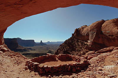 Photograph - False Kiva, Canyonlands Np by Bret Webster