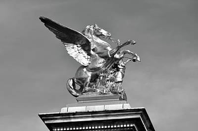 Photograph - Fames And Pegasus Atop Pont Alexandre IIi Bridge Column In Paris France Black And White by Shawn O'Brien