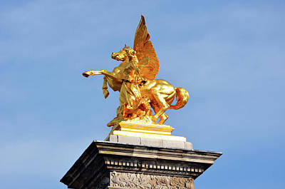 Photograph - Fames And Pegasus Atop Pont Alexandre IIi Bridge Column Paris France by Shawn O'Brien
