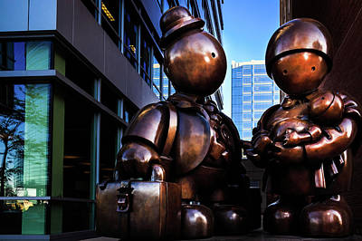 Photograph - Immigrant Family Sculpture by Jeanette Fellows