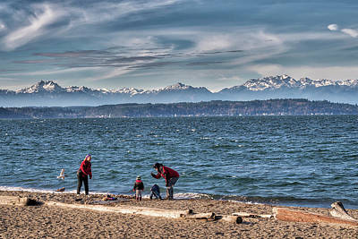 Photograph - Family Time At The Beach by Spencer McDonald