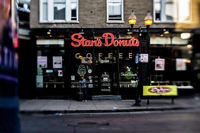 Famous Chicago Donut Shop Art Print