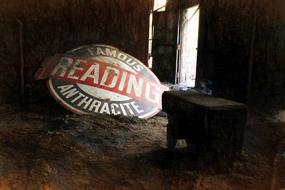 Reading Mixed Media - Famous Reading Anthracite by Lori Deiter
