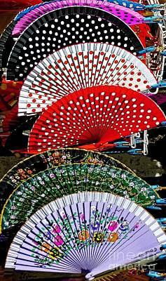 Photograph - Fan-tastic by Sue Melvin